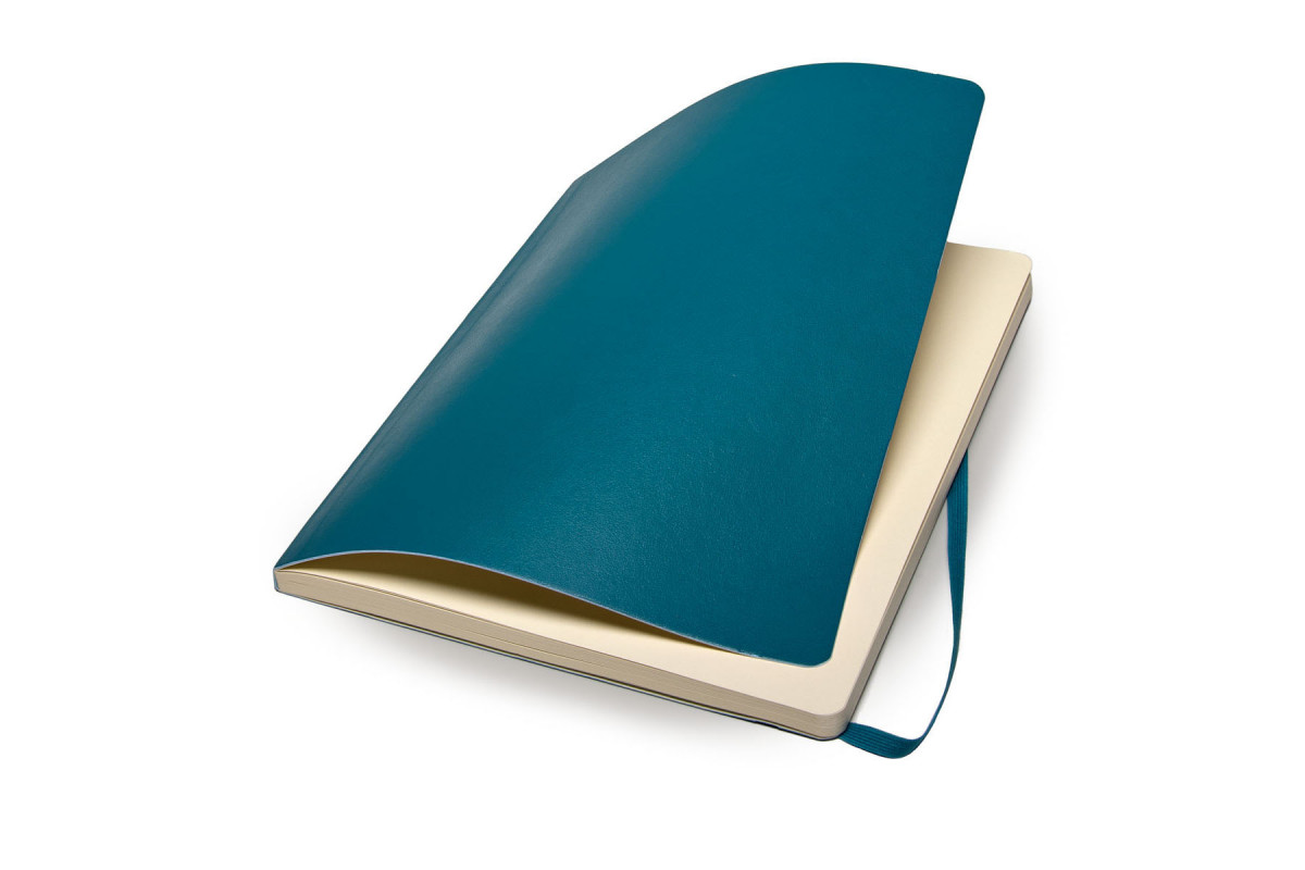 Classic Soft XL Dotted Underwater Blue | Moleskine Shop